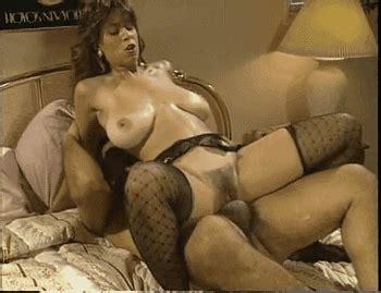 Retro italian tube videos all classic porn animatedgif 350x269