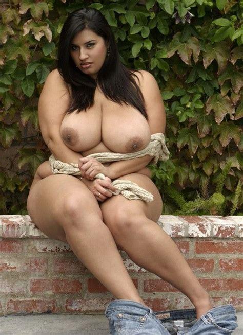 Woman naked fat jpg 538x739