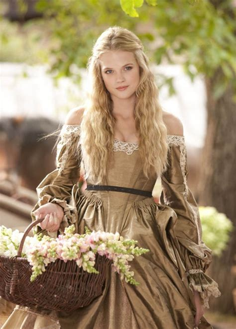 Renaissance queen costume ebay jpg 600x835