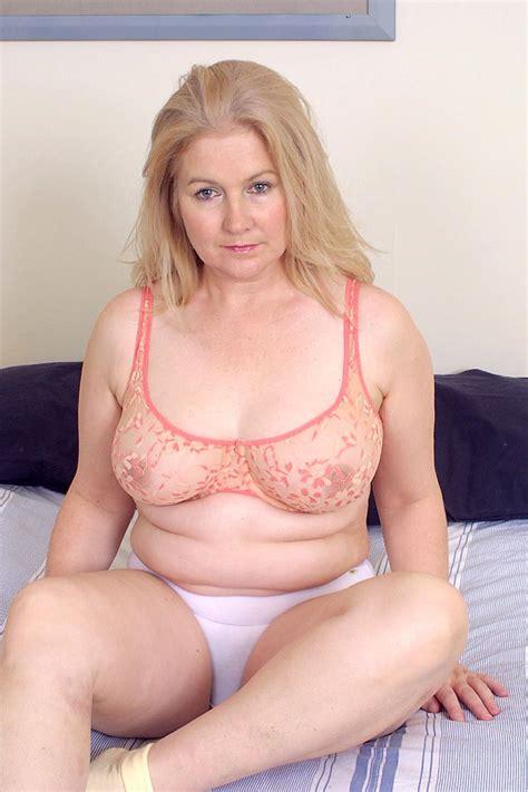 mature women underware pictures jpg 683x1025